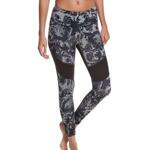 THE NORTH FACE Motivation Mesh Roses Legging